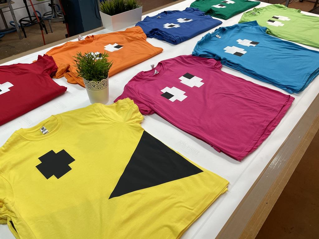Camisetas personalizadas en serigrafia a 1 i 2 tintas